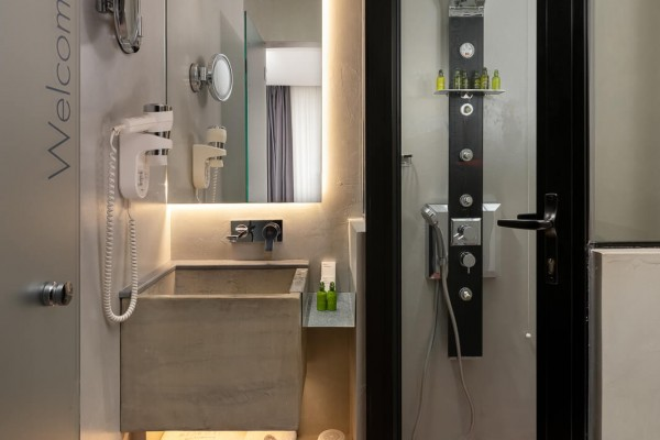 Gerani Hotel Bathroom - Elakati Best Hotel in Rhodes Greece