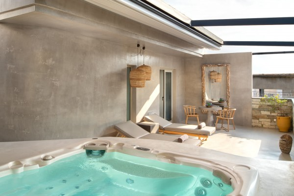 Helios Suite Private Terrace with Outdoor Hot Tub - Elakati Hotel in Rhodes Greece