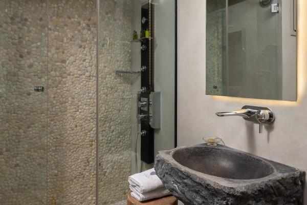 Kavos Suite Bathroom - Elakati Best Hotel in Rhodes Greece