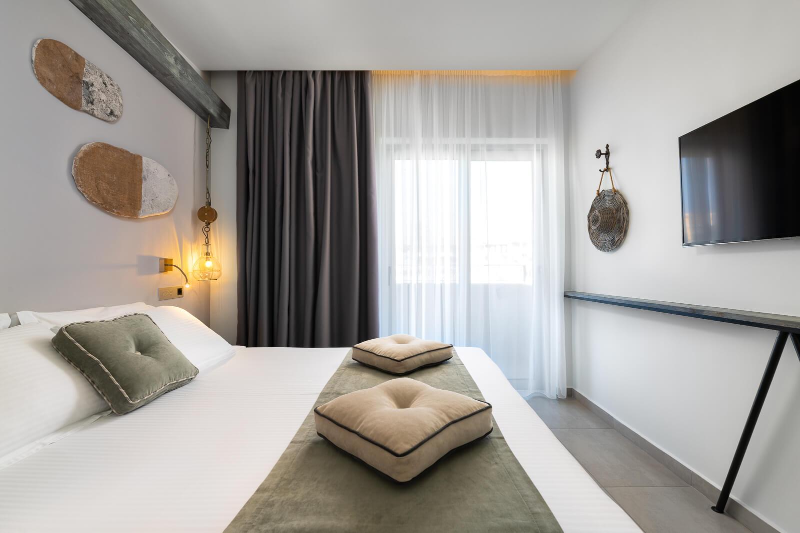 Kavos-Hotel-Room-Elakati-Hotel-in-Rhodes