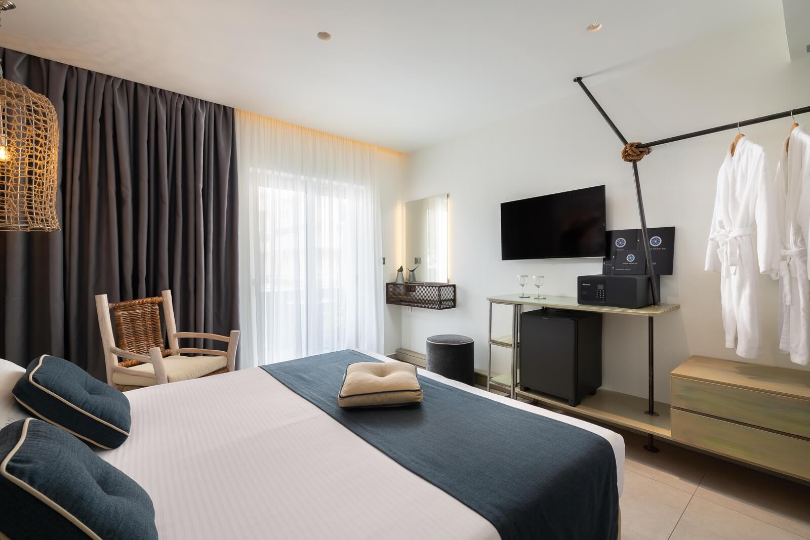 Milos-Hotel-Room-Elakati-Hotel-in-Rhodes