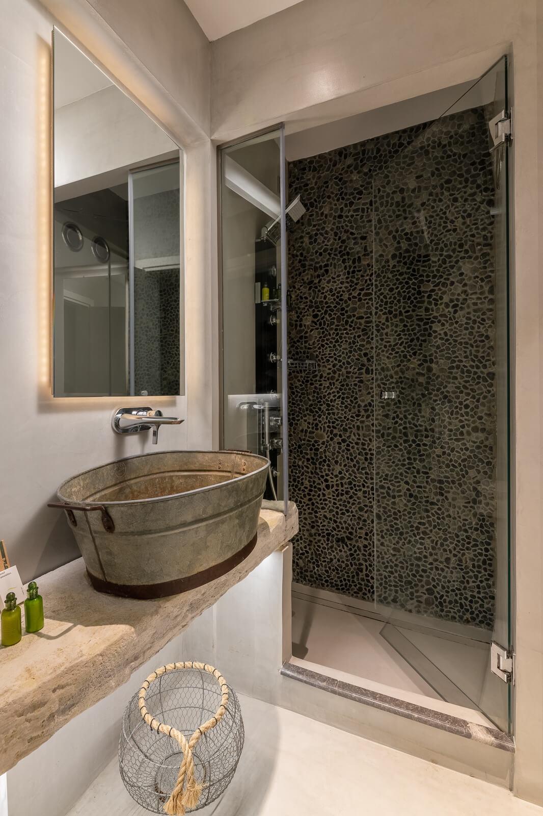 Nisos Suite Bathroom- Elakati Best Hotel in Rhodes Greece