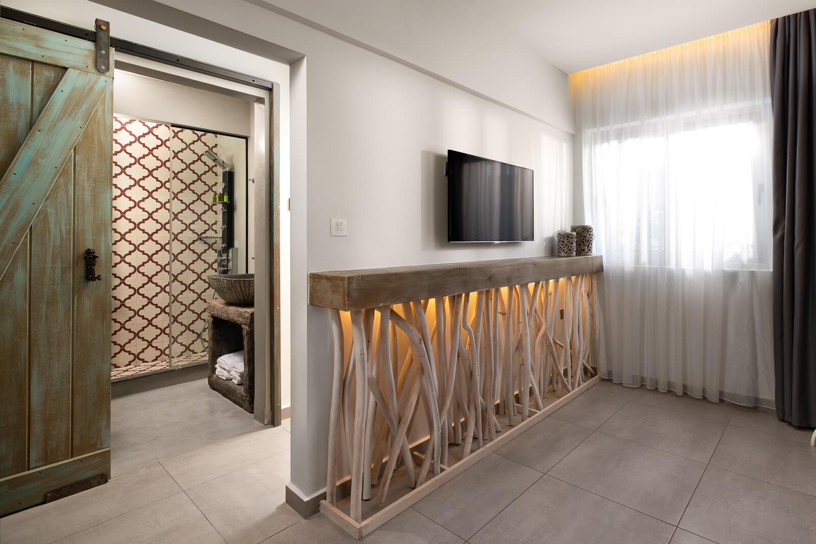 Iviskos Suite Sitting Area - Elakati Luxury Boutique Hotel in Rhodes