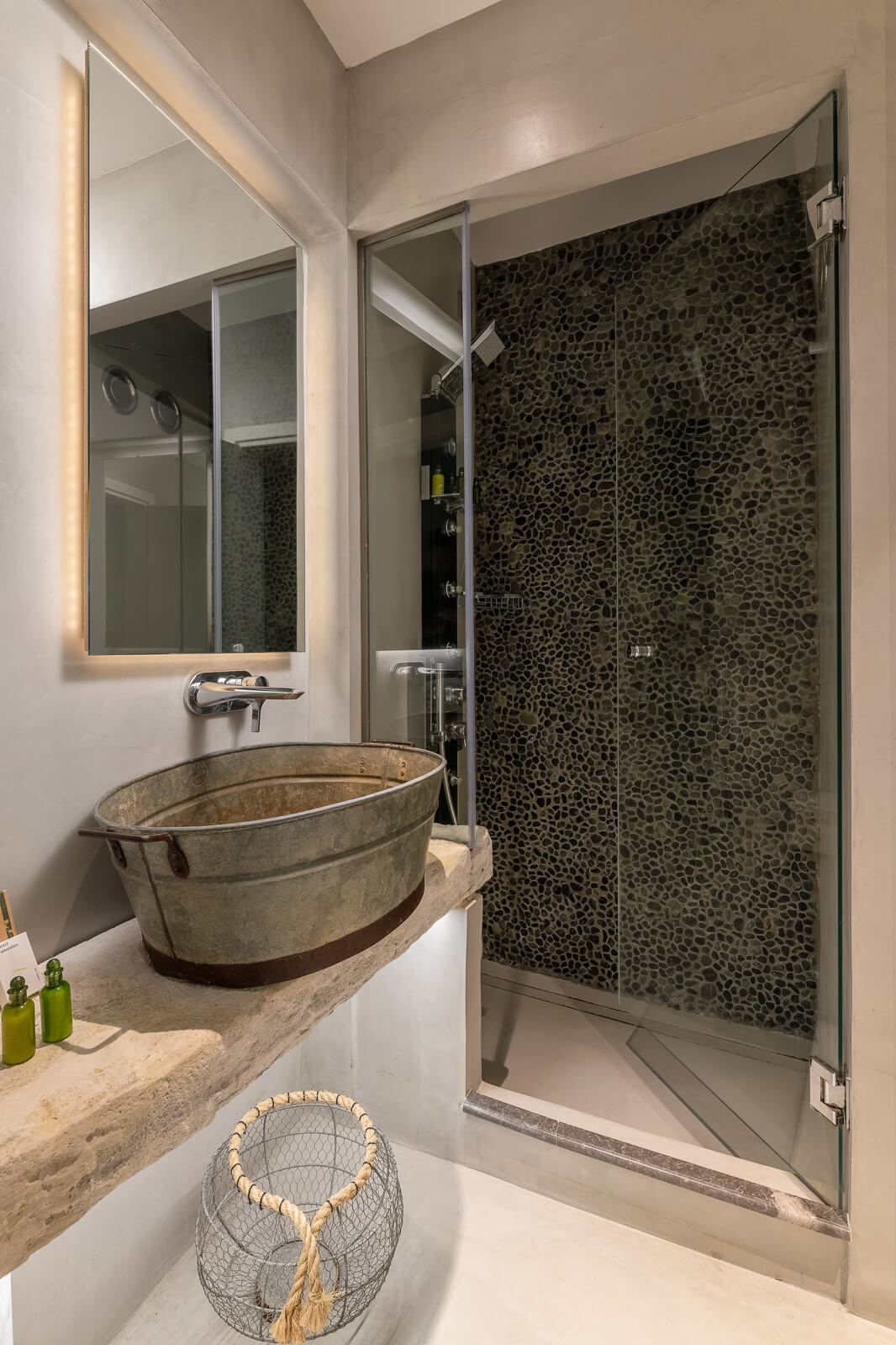 Nisos Hotel Bathroom - Elakati Best Hotel in Rhodes Greece