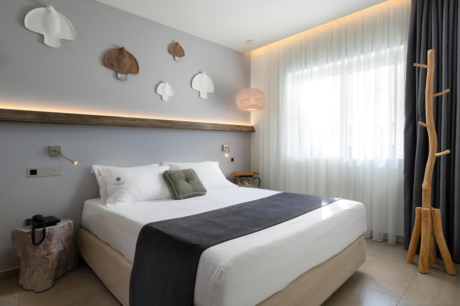 Nisos-Themed-Room-Elakati-Hotel-in-Rhodes-Greece