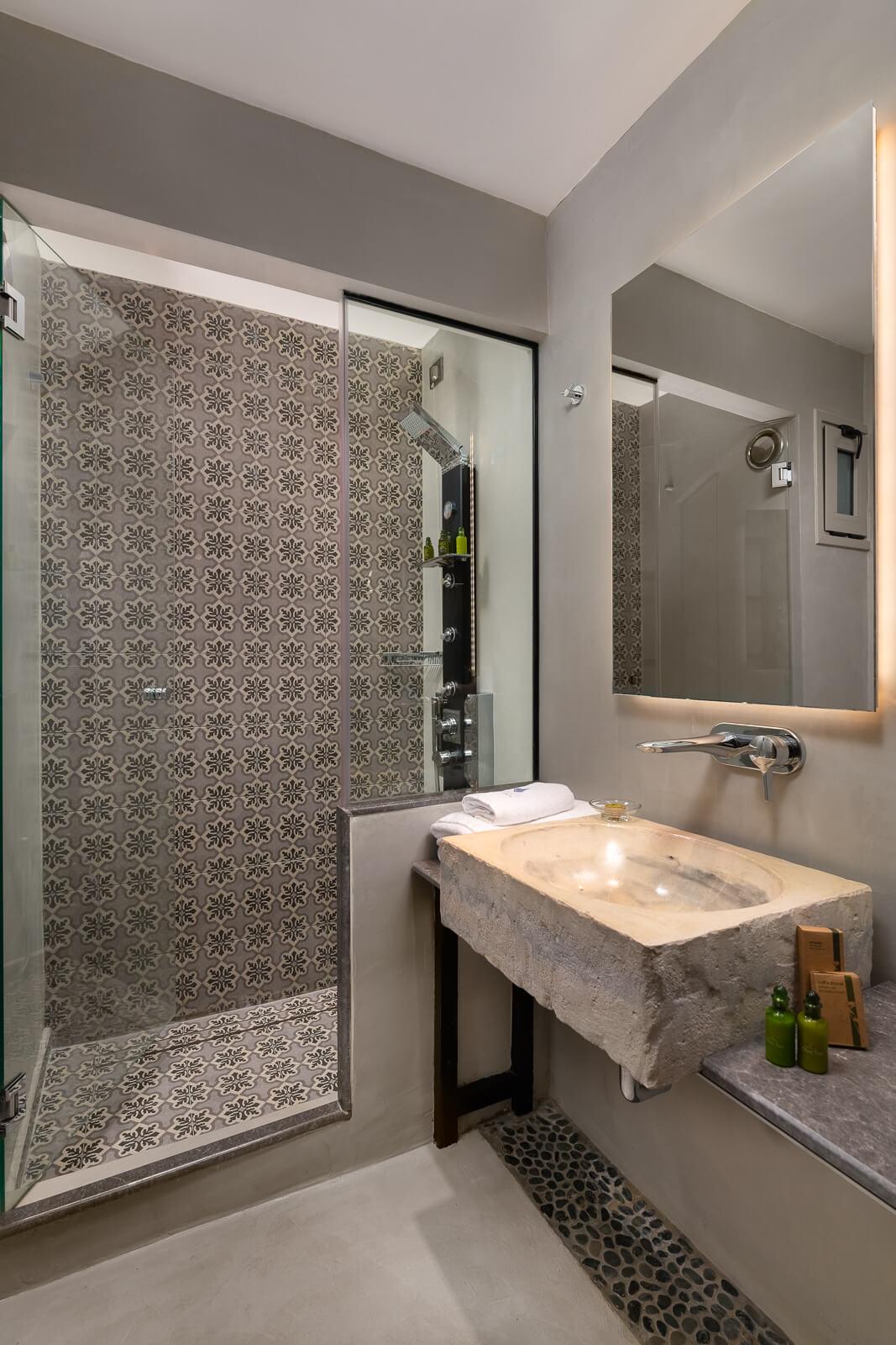Vrachos Hotel Bathroom - Elakati Best Hotel in Rhodes Greece